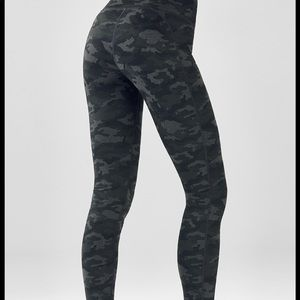 Camouflage Fabletics full length leggings